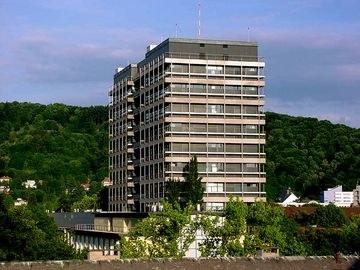Institutsviertel Chemie-Hochhaus